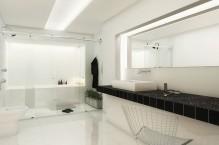 Seu banheiro terá duas vezes mais elegância e design, o Box Due é perfeito para suítes residenciais e banheiros de tamanho médio a grande.