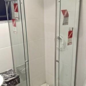 manutencao_box_banheiro_porta_quebrada